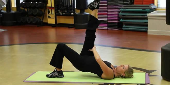Te ćwiczenia pomogą pokonać Ci ból kolan i przygotują je do intensywniejszego wysiłku