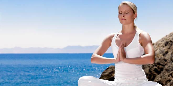 Ćwiczenie kogi poprawia stan ciała i umysłu.