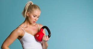 Kettlebell to doskonałe rozwiązanie, które zastąpi siłownię, pomoże schudnąć i wzmocni Twoją kondycję.