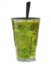 Mięta jest doskonałym składnikiem napojów.