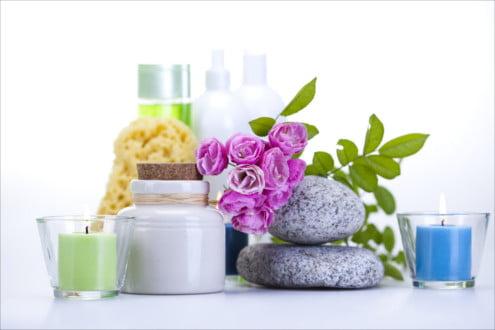 Jeżeli chcesz przygotowywać kosmetyki naturalne, tych rzeczy nie może zabraknąć w Twoim domowym laboratorium!