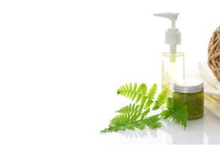 Olejki do włosów pozwolą Ci zadbać o silne i lśniące włosy. Same naturalne składniki.