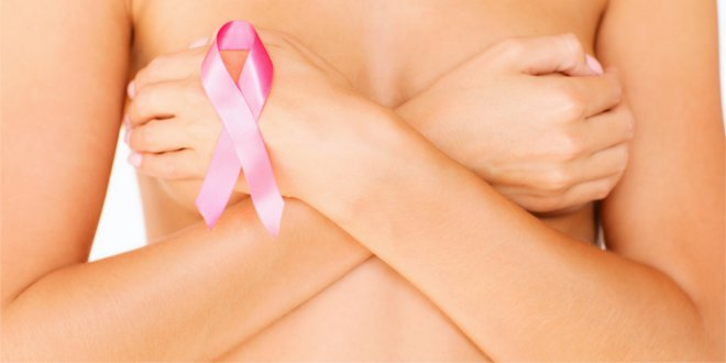 Badaj się regularnie, a unikniesz powikłań związnych z rakiem piersi.