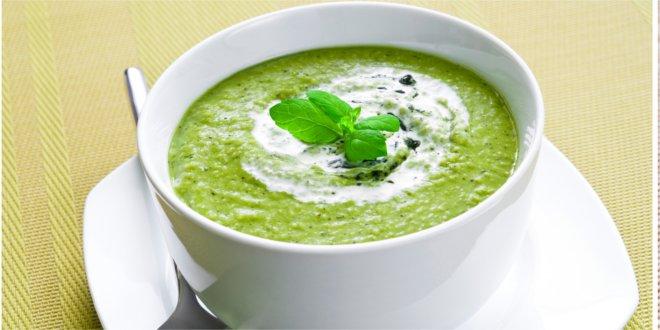 Prosty przepis na zupę z czajnika.