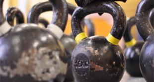 Swing jest podstawowy ćwiczeniem w treningu Kettlebell