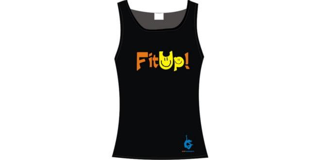Koszulka FitUp, która odpowiednio Cię nastroi przed nowymi ćwiczeniami.