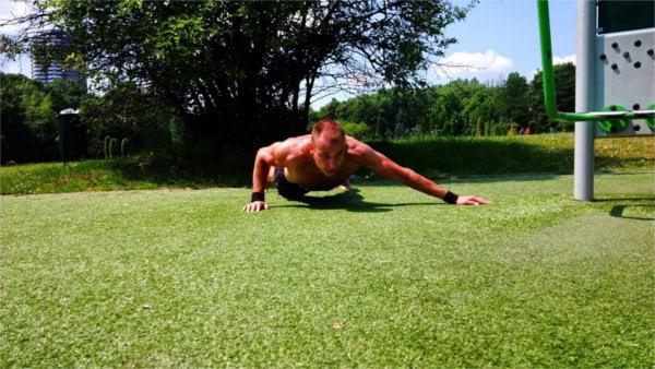 Street Workout umożliwia świetne treningi outdorowe