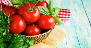 Poczytaj o niesamowitych właściwościach pomidora.