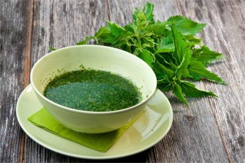 Napary ziołowe na przeziębienie można pić nawet kilka razy dziennie.