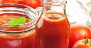 Pamiętaj, że przecier pomidorowy pozwoli Ci na zachowanie witamin, mikroelementów i innych, ważnych oraz zdrowych składników pomidorów.