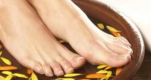 O co chodzi z domowym peelingiem, jak dbać o stopy?