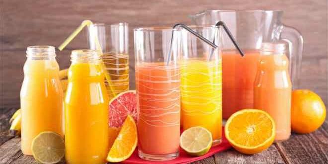 Przepisy na zdrowe koktajle owocowe z blendera.