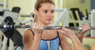 Kilka prostych zasad, które pomoże Ci odżywiać się podczas treningu