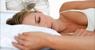 Jak odpowiednio spać w upały?
