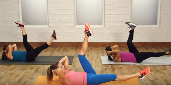 Półgodzinny trening na wyszczuplenie mięśni brzucha i okolic brzucha.