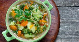Zupa rybna z dorsza, którą łatwo sama przygotujesz.