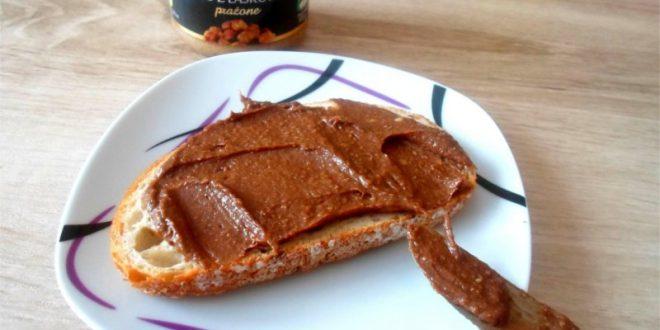 Wyśmienity przepis na domowy krem czekoladowy z nutellą - prosty i smaczny przepis.