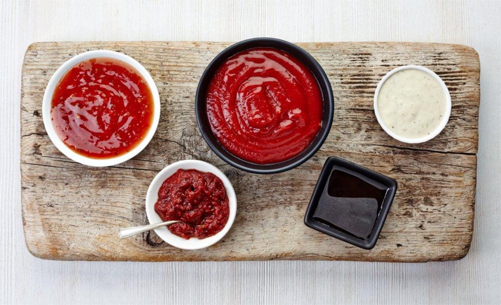 Przepis na majonez wegański zrobiony domową metodą jest równie pyszny.
