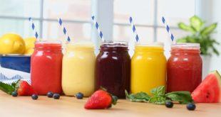 Te idealne na upały ice-smoothie przygotujesz sam w domu.