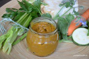 Przepis na domową kostkę rosołową czyli domowy wywar warzywny do zup.