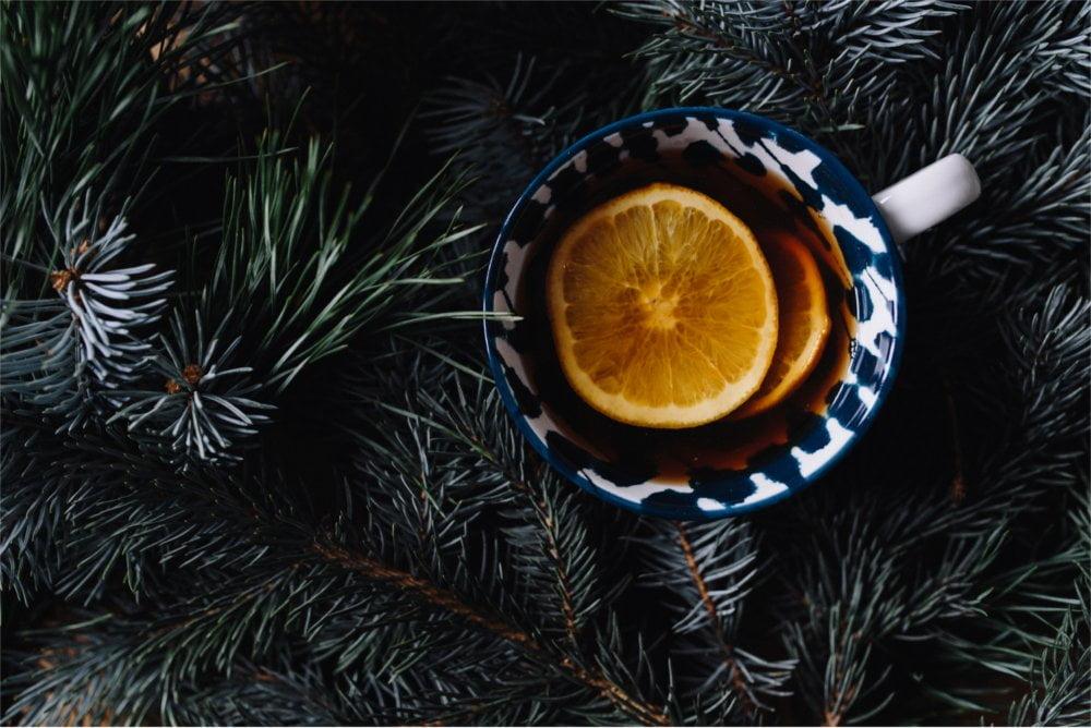 Zwykły kubek herbaty może zmienić się w magiczną rozgrzewającą miksturę.