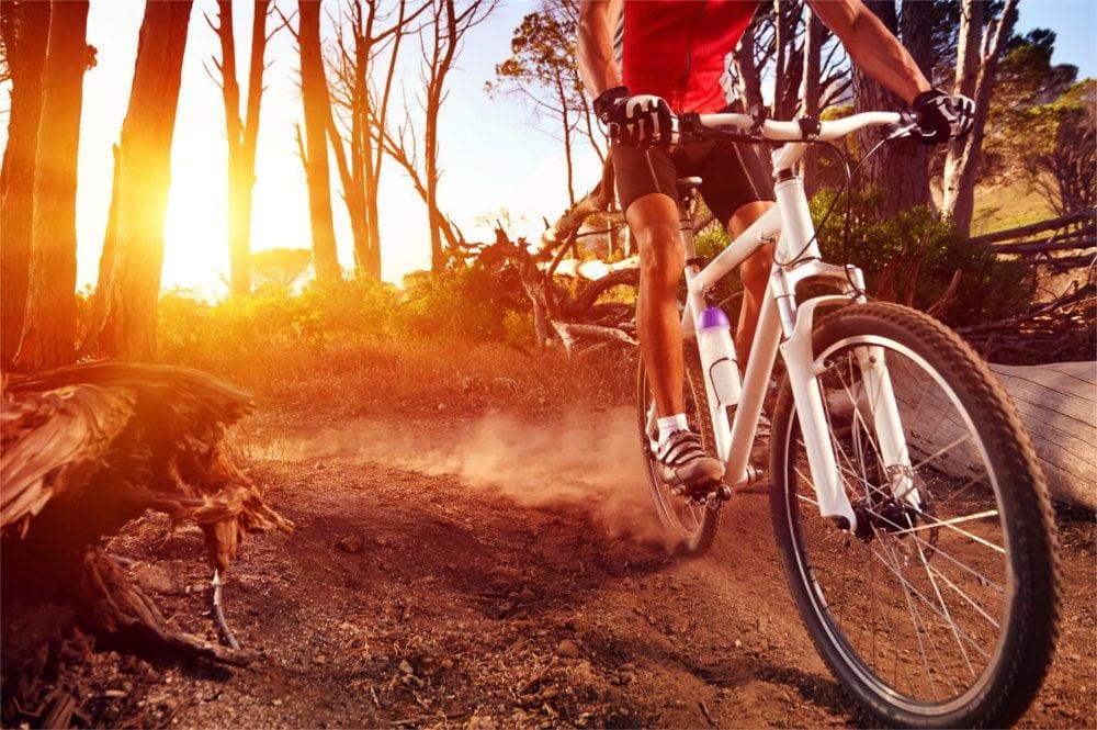Spacery i sport wzmocnią odporność Twojego organizmu.