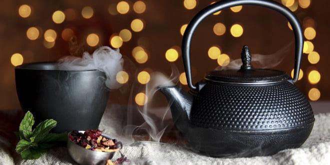 Zielona herbata ma dużo działania przeciwutleniającego.