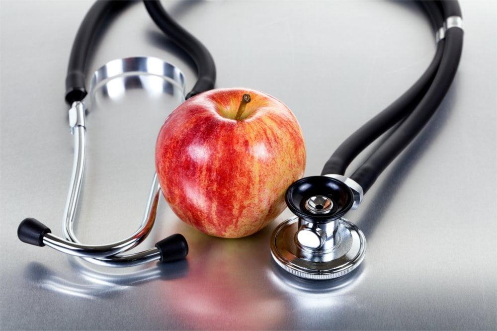 Aby nie zachorować na grypsko dobrze jest zachować zdrową dietę.