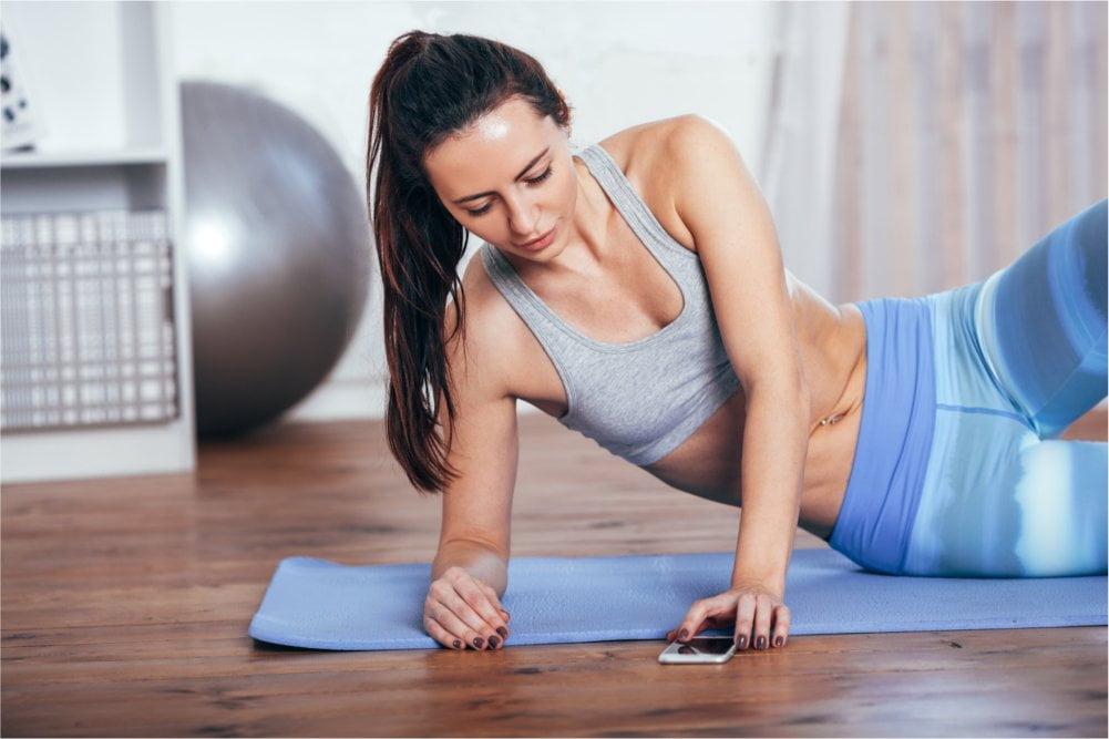 Masaż pomaga mięśniom się zregenerować.