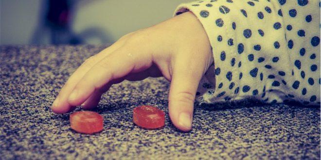 Próchnnica u dzieci może być bardzo powaznym problemem.