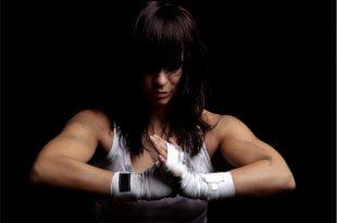 Na co osoby początkujące powinny zwrócić uwagę, wybierając rękawice bokserskie.