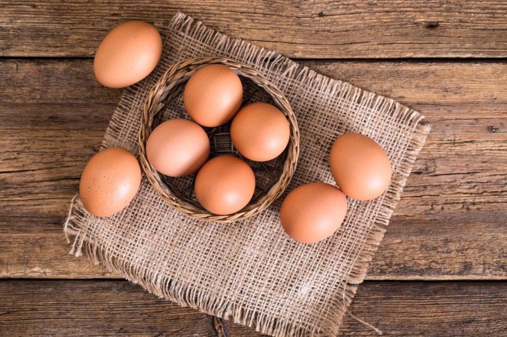 Jednym z podstawowych składników majonezu są włąsnie jajka.