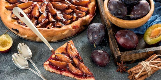 Przepis na zdrowy wariant ciasta z owocami. Ciasto to nie zawiera glutenu.