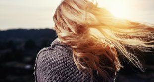 Jak zagęścić i wzmocnić włosy?