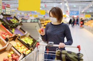 Jak bezpiecznie robić zakupy w trakcie pandemii koronawirusa?