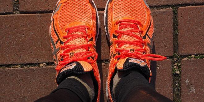 Czym kierować się przy wyborze butów do biegania w sklepie Dechatlon.