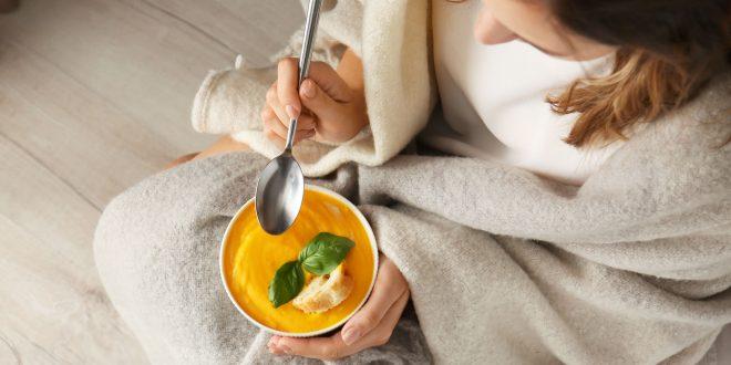 Jesienna dieta powinna być bogata w witaminę C.