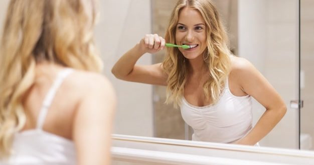 Jaką szczoteczkę soniczną do zębów wybrać?