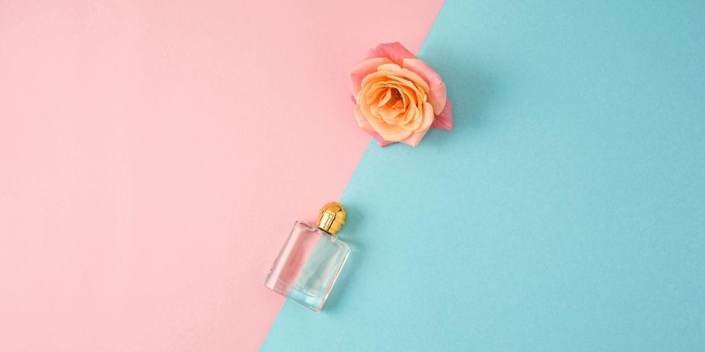 Perfumy o zapachu pudrowym, drzewnym a może słodkim. Każdy znajdzie swój ulubiony zapach.