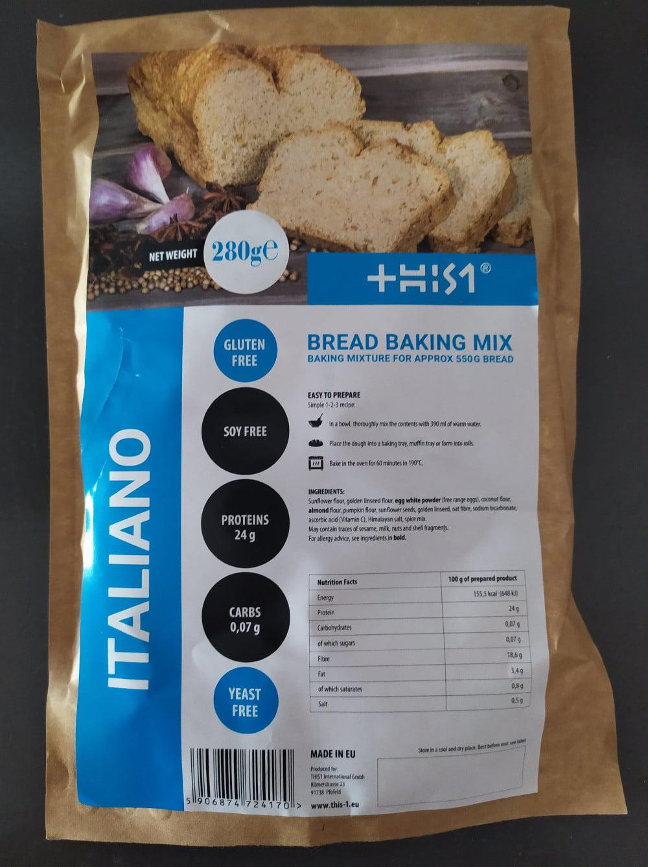 Domowej roboty chleb bezglutenowy specjalny dla diety ketogenicznej.