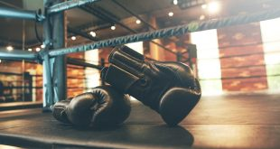 Jak dobrać odpowiedni rozmiar rękawic bokserskich.